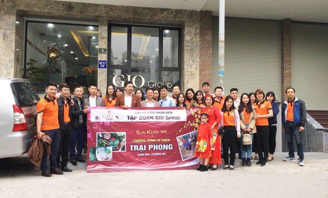 Đoàn từ thiện đến Trại phong Xuân Mai